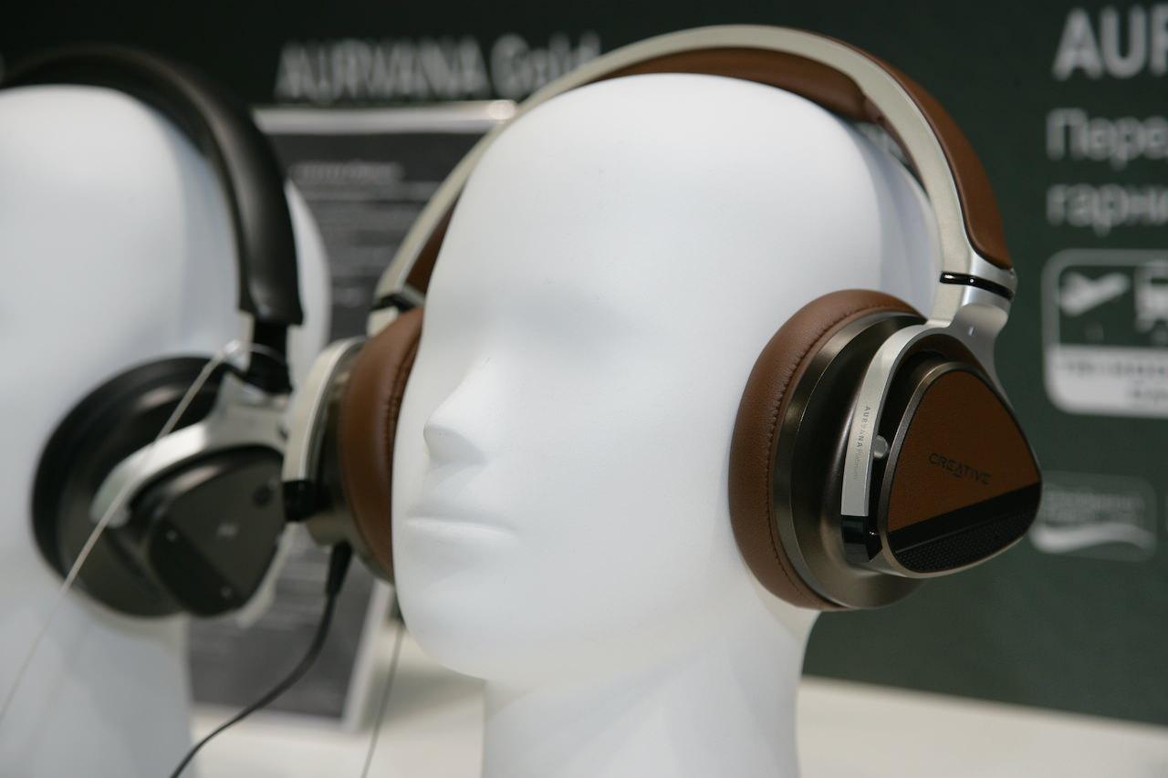 Creative Aurvana Platinum: с проводом или без