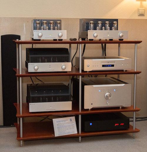 PrimaLuna Pro Logue: первый спутник аудиофила